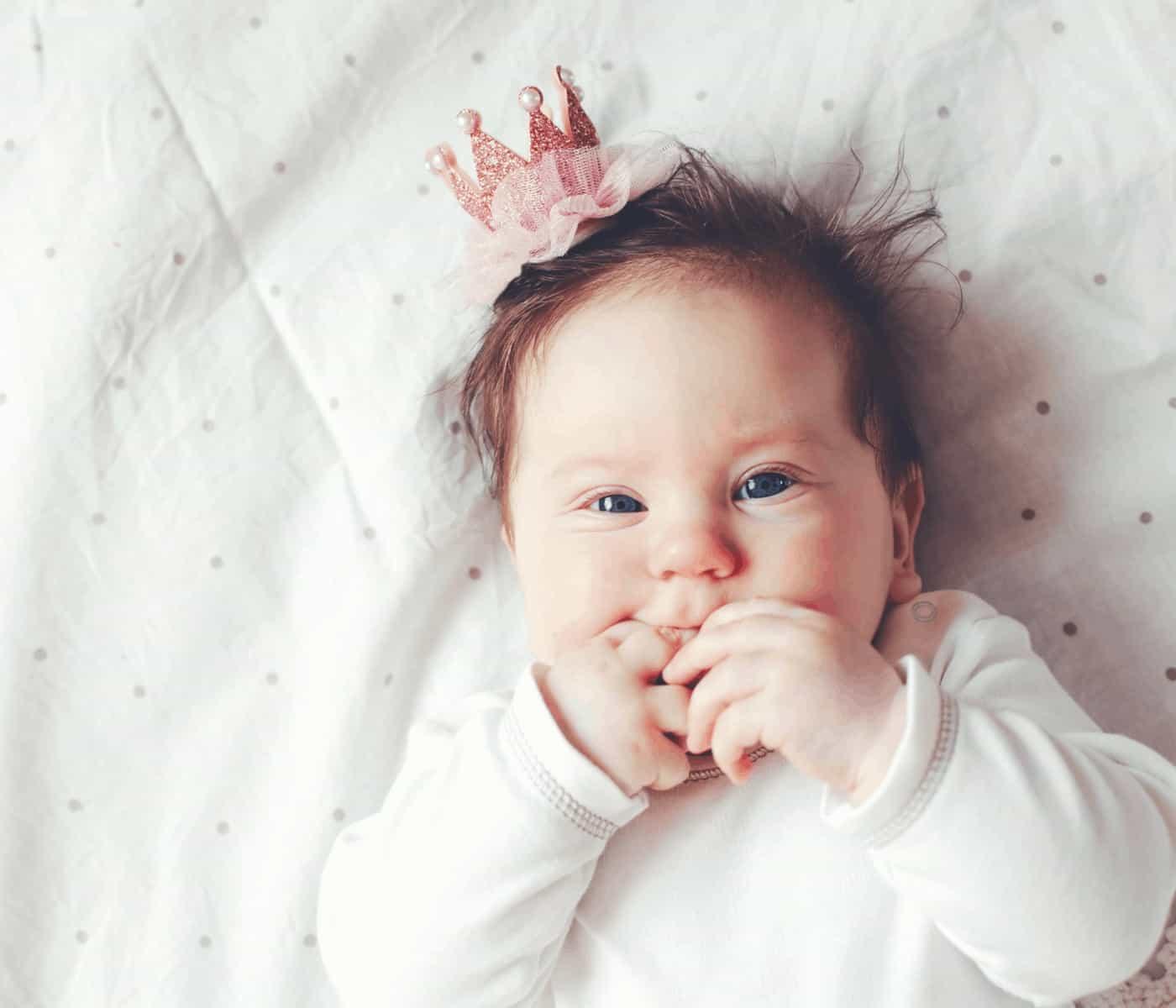100+ Beautiful Latina Baby Girl Names to Use in 2021