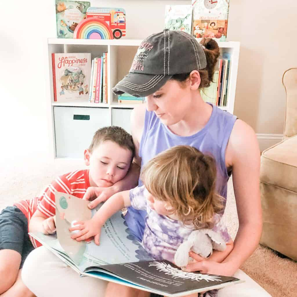 Reading is extremely important in time and place bilingual parenting approach to reinforce vocabulary
