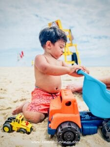 Essential Items for a Successful Pool Day with Your Toddler