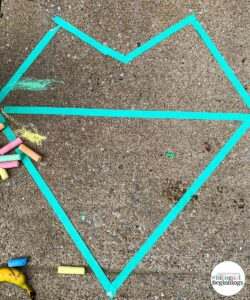 How to outline Mosaic Heart Chalk