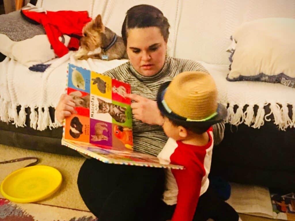 7 Ways That I Teach My Toddler Spanish as a Nonnative Spanish Speaker