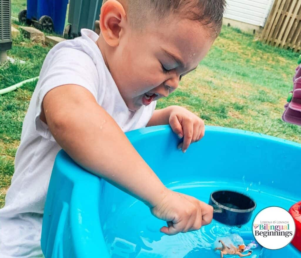 Disney In Ice Escape Water Table Activity for Toddlers  In this activity, your toddler will learn the science of ice and how warm water will melt the ice. If you have an impatient toddler like myself, he will try lots of methods to break his Disney friends out as quick as possible. #stempreschoolactivities #finemotoractivitiesforkids #finemotoractivities #sensoryactivities #stemactivities #stemactivitiesfortoddlers #watertableactivities