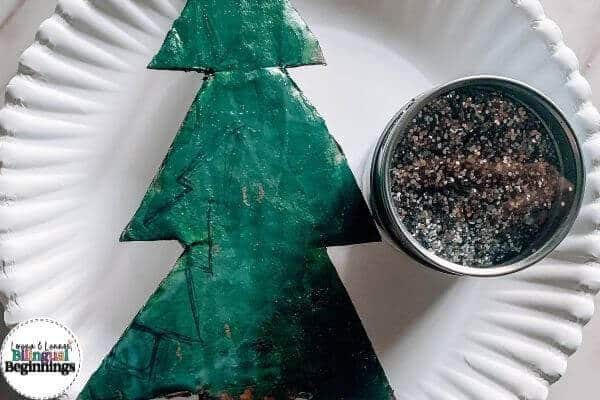Easy Christmas Tree Craft for Preschoolers